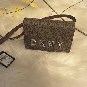 Dkny leather belt logo bag
